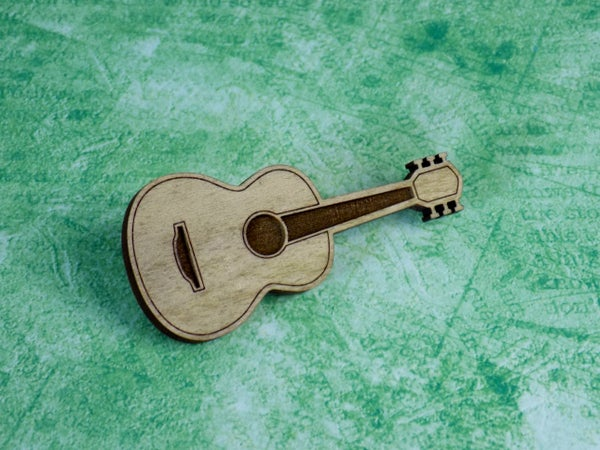 Image of Poplar Guitar Hardwood Pin / Magnet