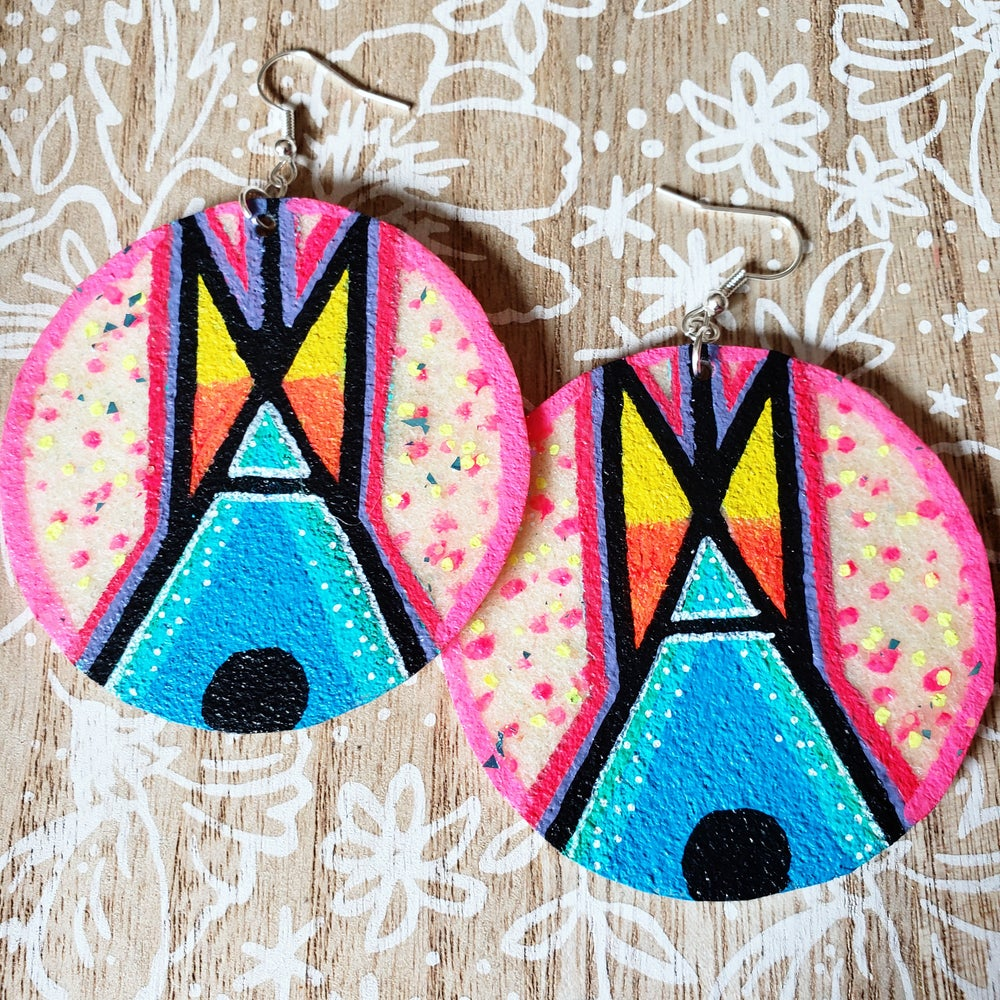Image of Tipi earrings- pink speckles