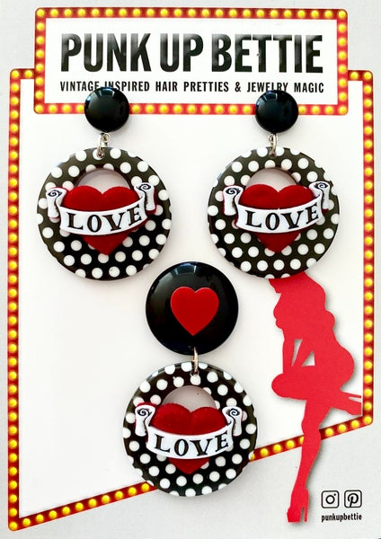 Image of Vintage Dottie Love Hearts Brooch