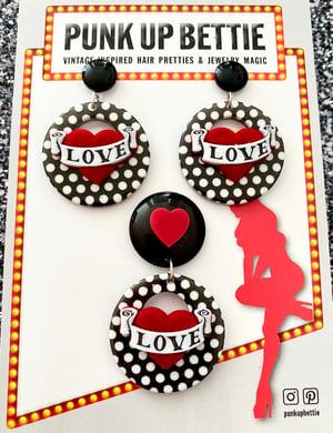Image of Vintage Dottie Love Hearts Brooch