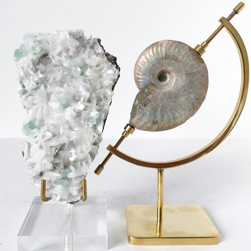 Image of Green Apophyllite/Stilbite no.55 + Lucite and Brass Stand