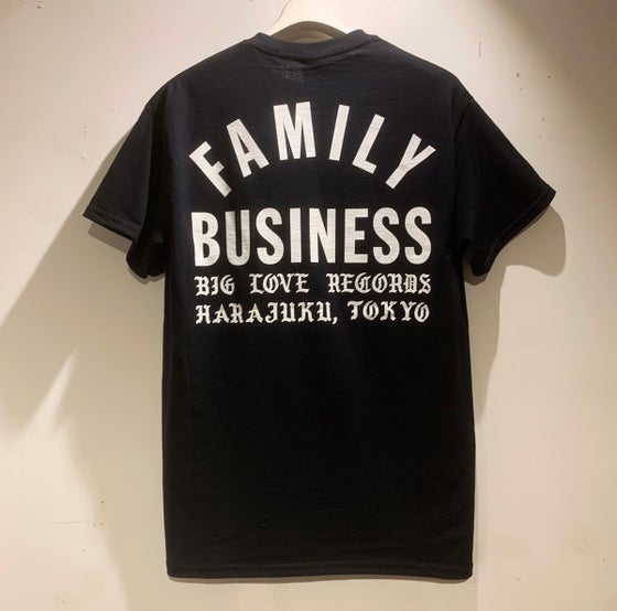 Image of FAMILY BUSINESS BLACK T-SHIRT -SHORT-