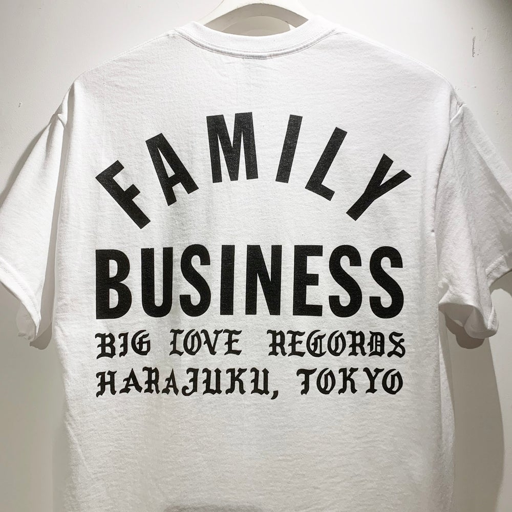 Image of FAMILY BUSINESS WHITE T-SHIRT -SHORT-
