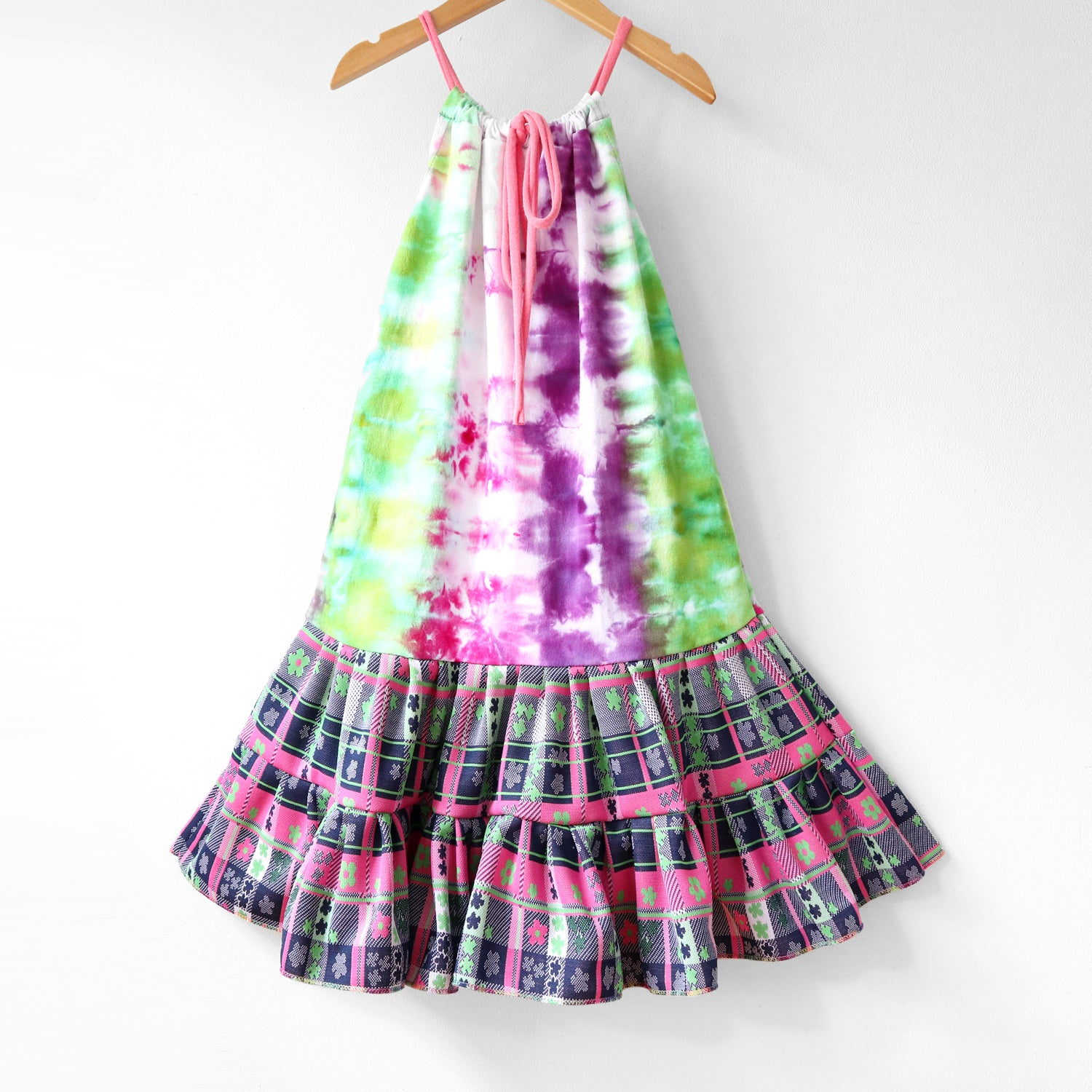 Image of flower tiedye green pink purple 8/10 vintage fabric tie drawstring swing dress courtneycourtney
