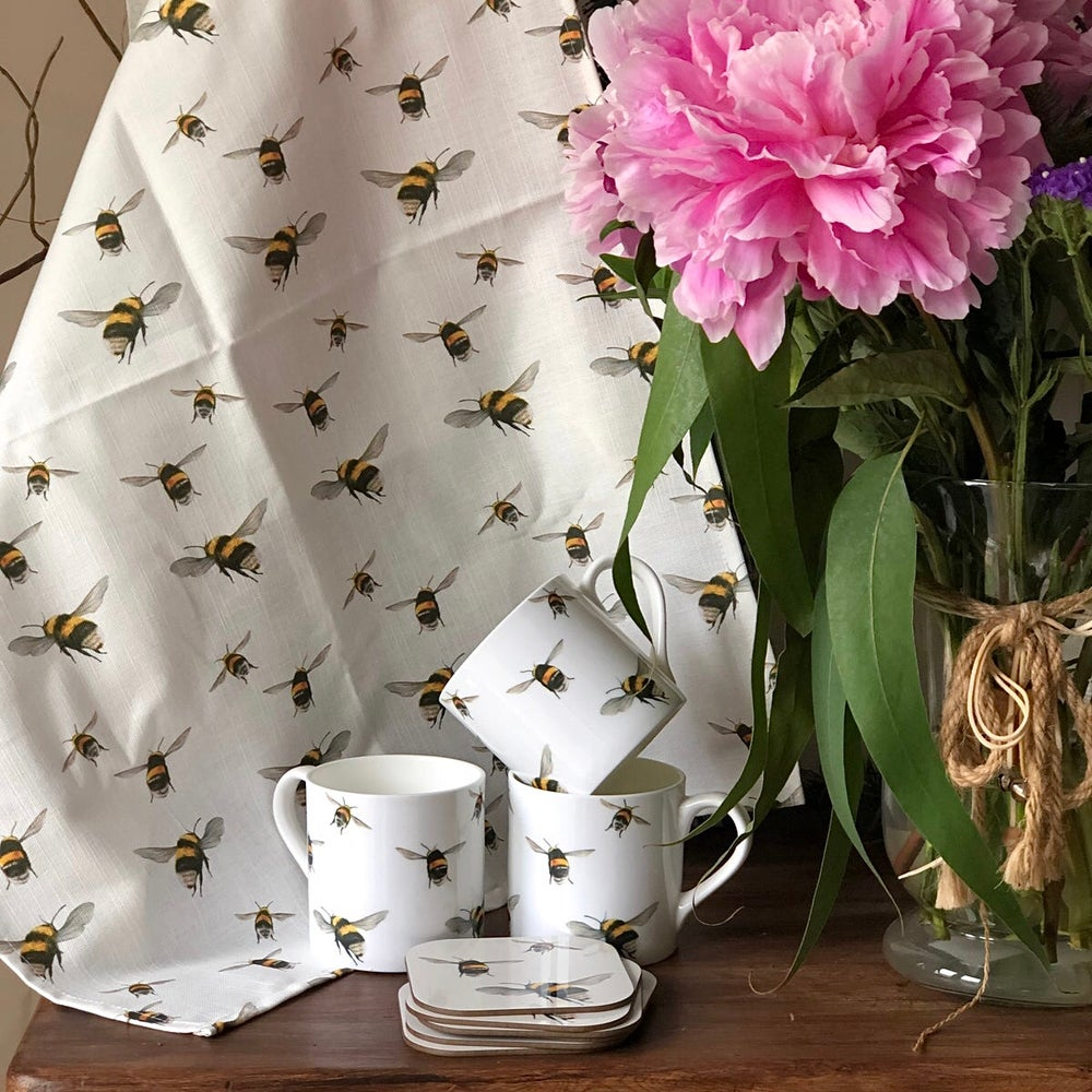 Image of 'Bumblebee' Tea towel