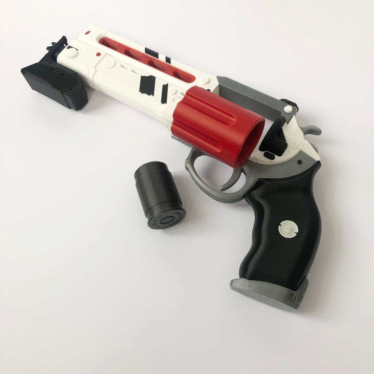 Image of Luna's Howl - Legendary Hand Cannon Destiny