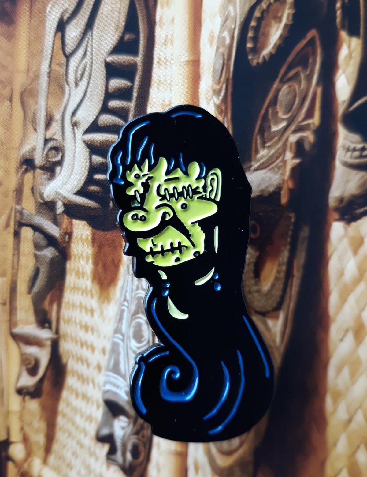 Tiki Sideshow Gaff Taxidermy 3-Pack Enamel Pin Set!