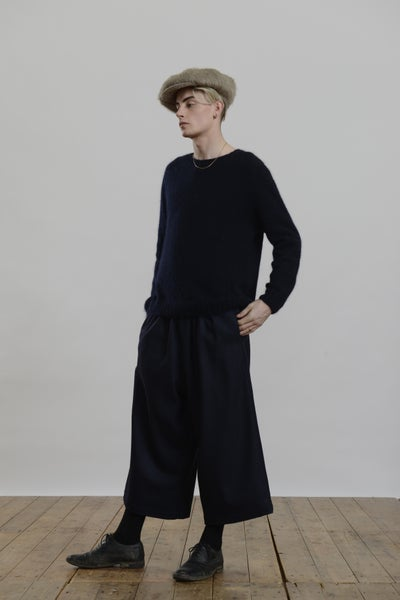 Image of Porter Trouser in Navy wool