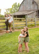 Image of Outdoor Mini sessions by Lino Rivera $95