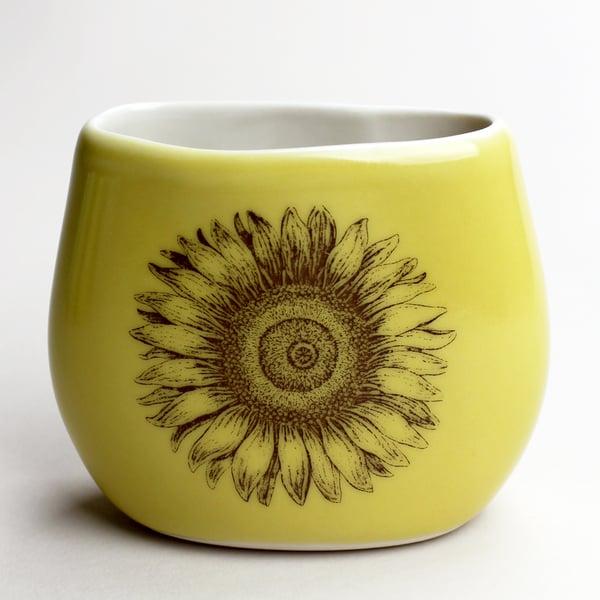 Image of pebble vase, mustard, sunflower