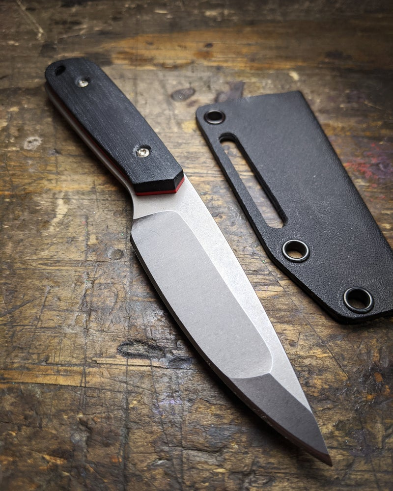 Image of Pesh-Kabz Backpacker - Cherry Red liners and Double Black Canvas Micarta Scales