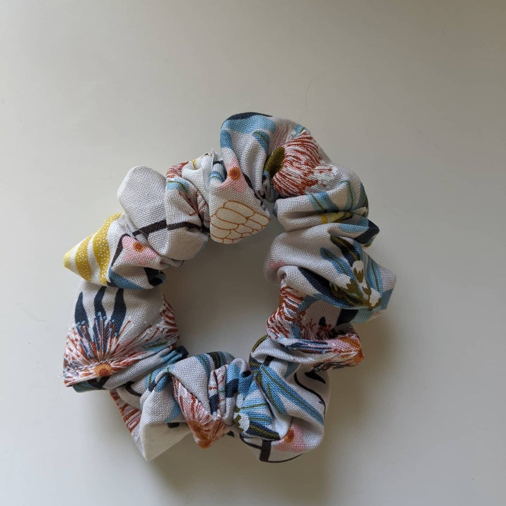 Image of Scrunchie #3