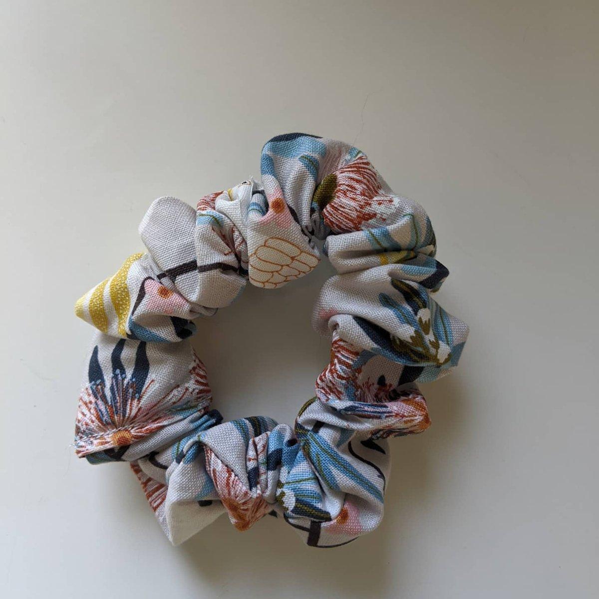 Image of Scrunchie #3