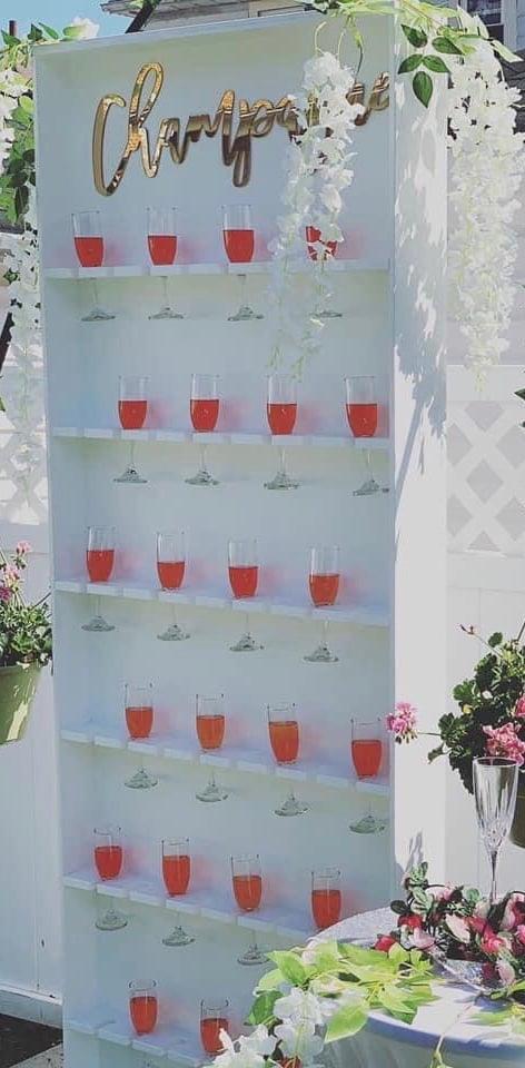 White display wall