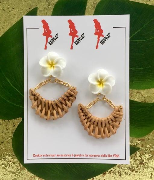 Image of Tiki Luau Boogie Earrings - Yellow