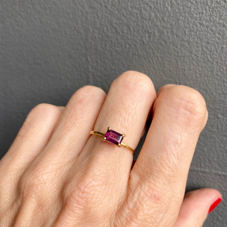 Image of Indian summer ring- rhorodise Garnet