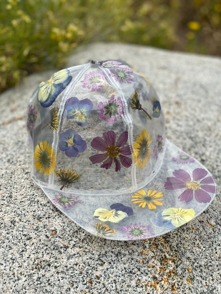 Image of Bouquet hat