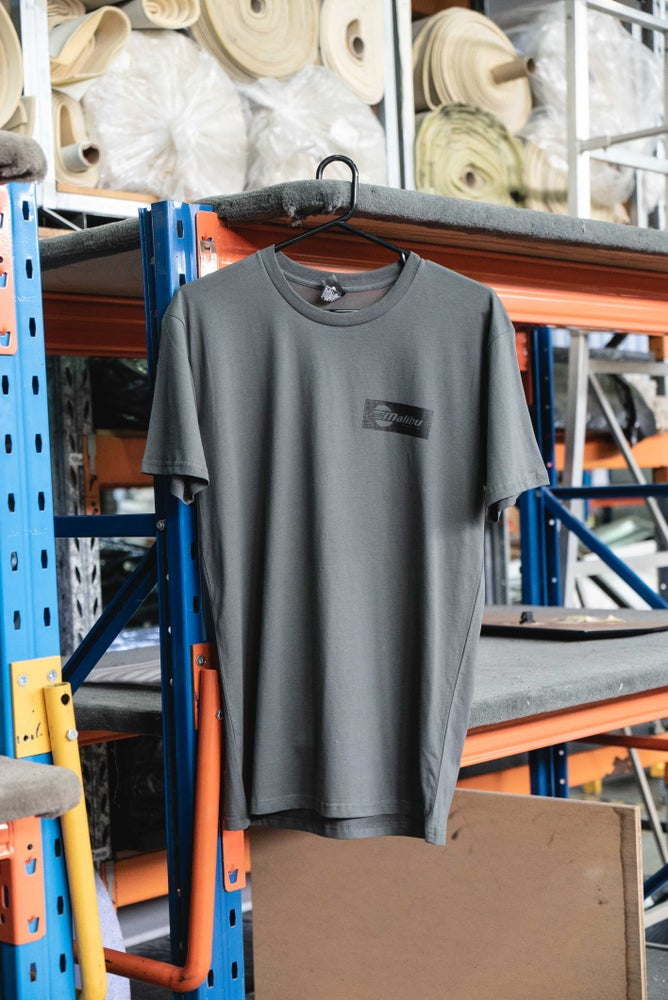 Image of Urban Malibu T-shirt - Charcoal/Black