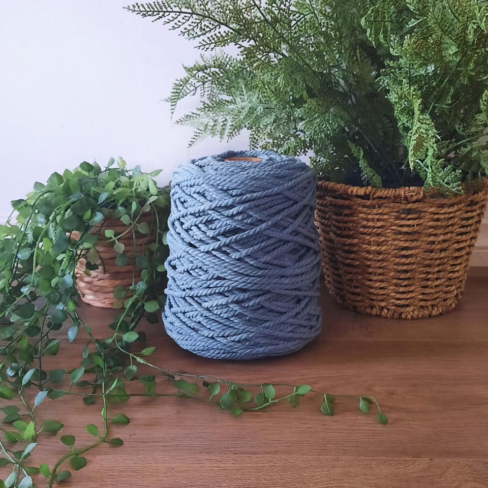 Image of 1kg Storm 3ply Rope