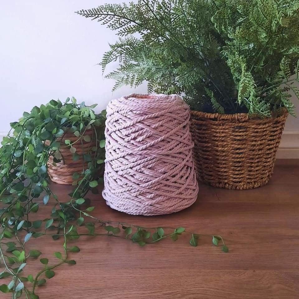 Image of 1kg Mushroom Pink 3ply Rope