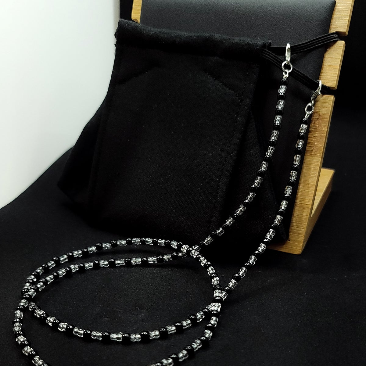 Mask Retainer <br /> Bead