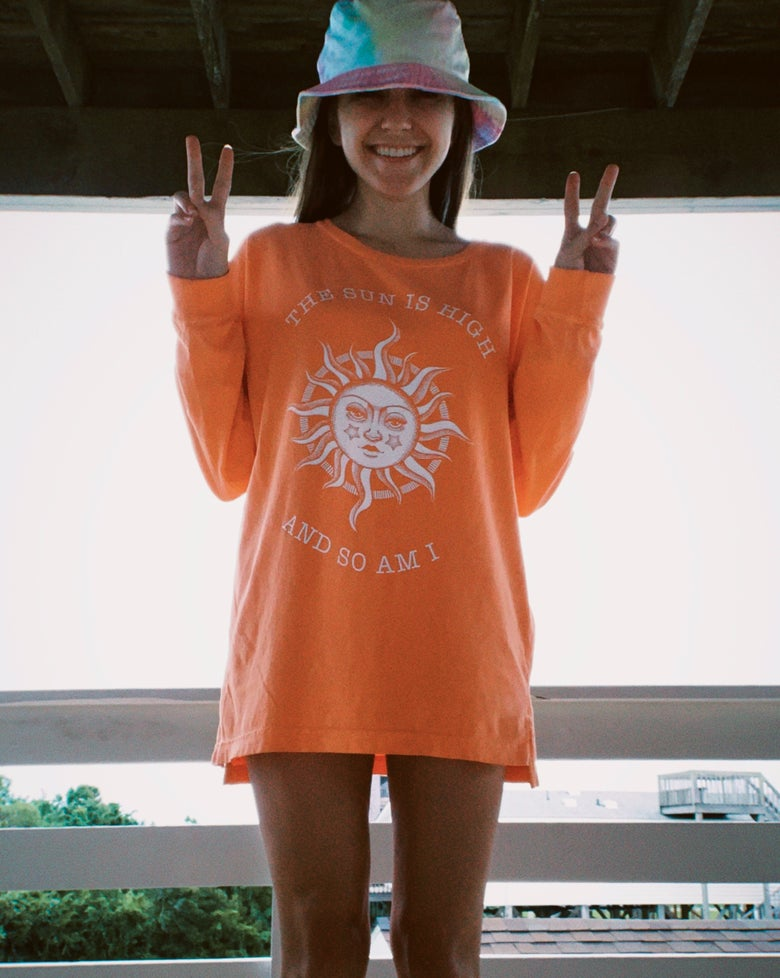 Image of THE SUN IS HIGH AND SO AM I - Melon drop shoulder long sleeves