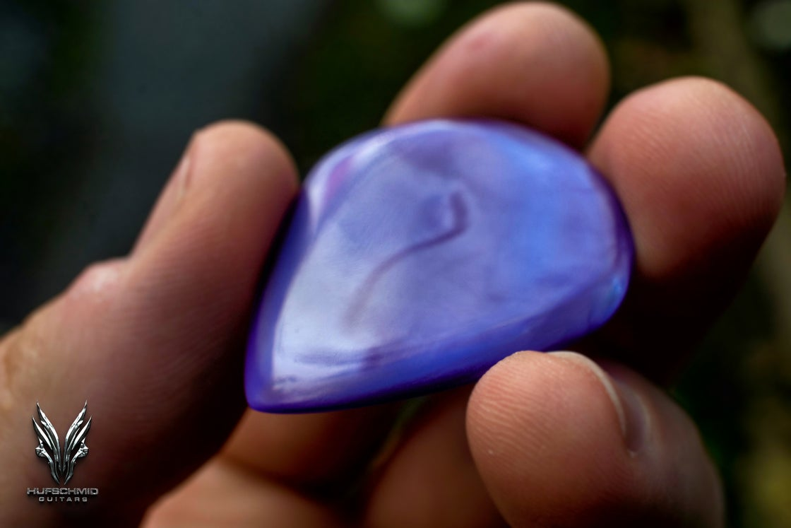 Image of NEW: The ~4mm GALALITH 'Purple Marbled' plectrum