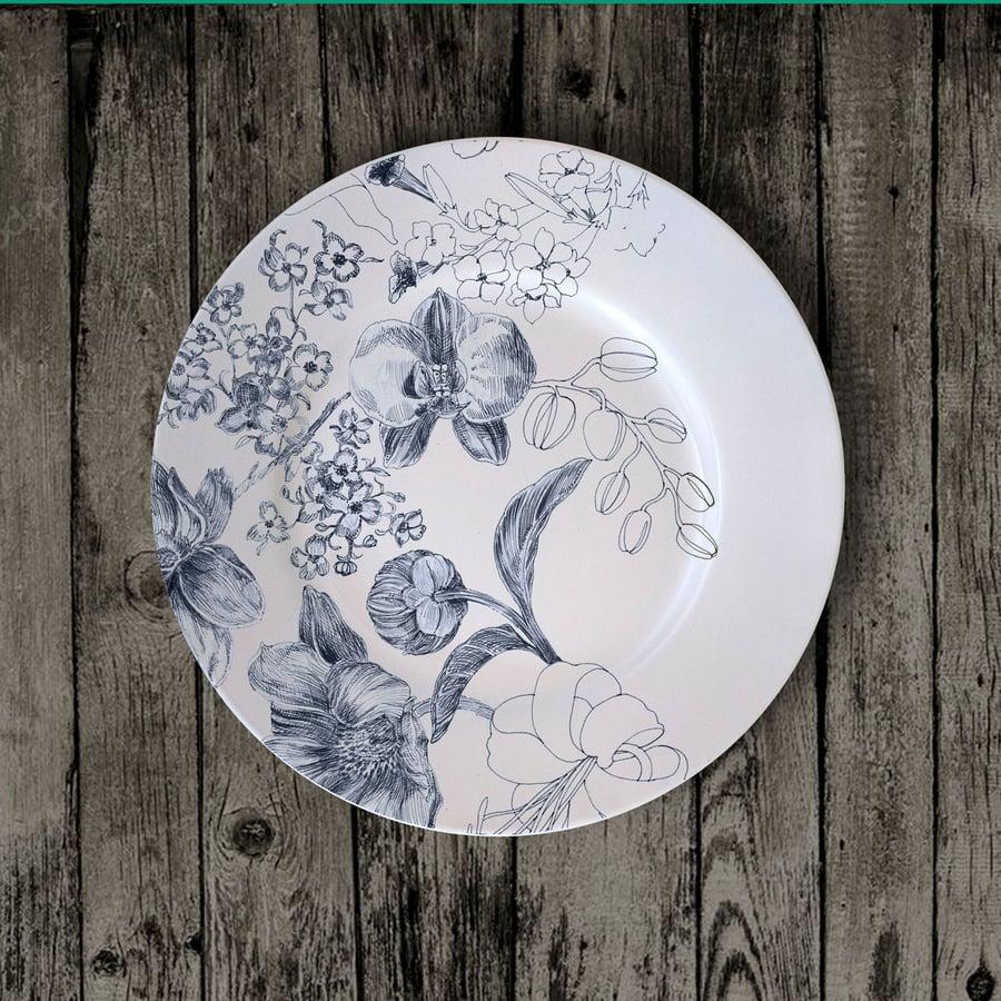 "Image of Marie Antoniette 2020 Dessert Plate ""A"""