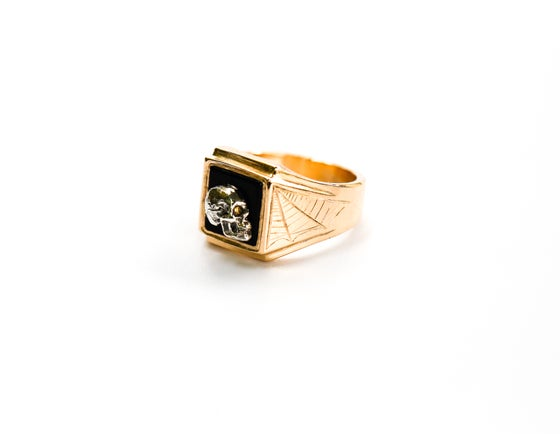 Image of 14k Gold Skull Ring