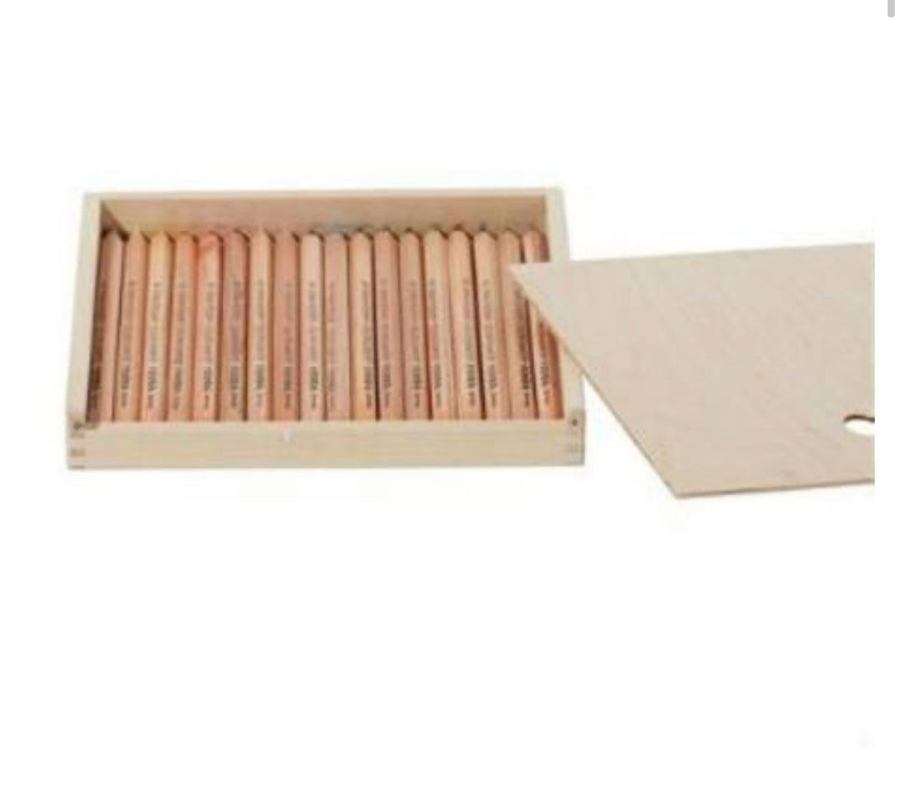 Image of Lyra  colour giants 18 unlaquered assorted in Wooden pencil case