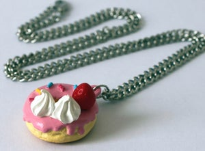 Image of dessert necklace (donut)