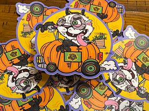 "Image of Panduh Pumpkin Car 4"" Sticker"