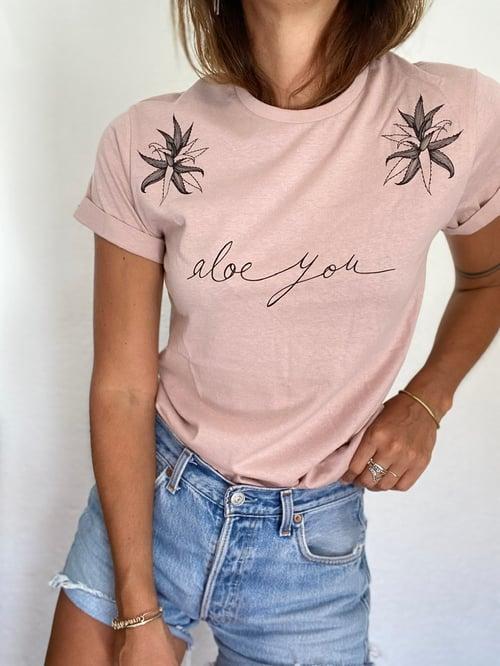 """Image of Tee """"Aloe You"""""""