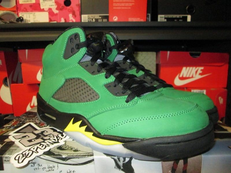 "Image of Air Jordan V (5) Retro SE ""Oregon Ducks"""