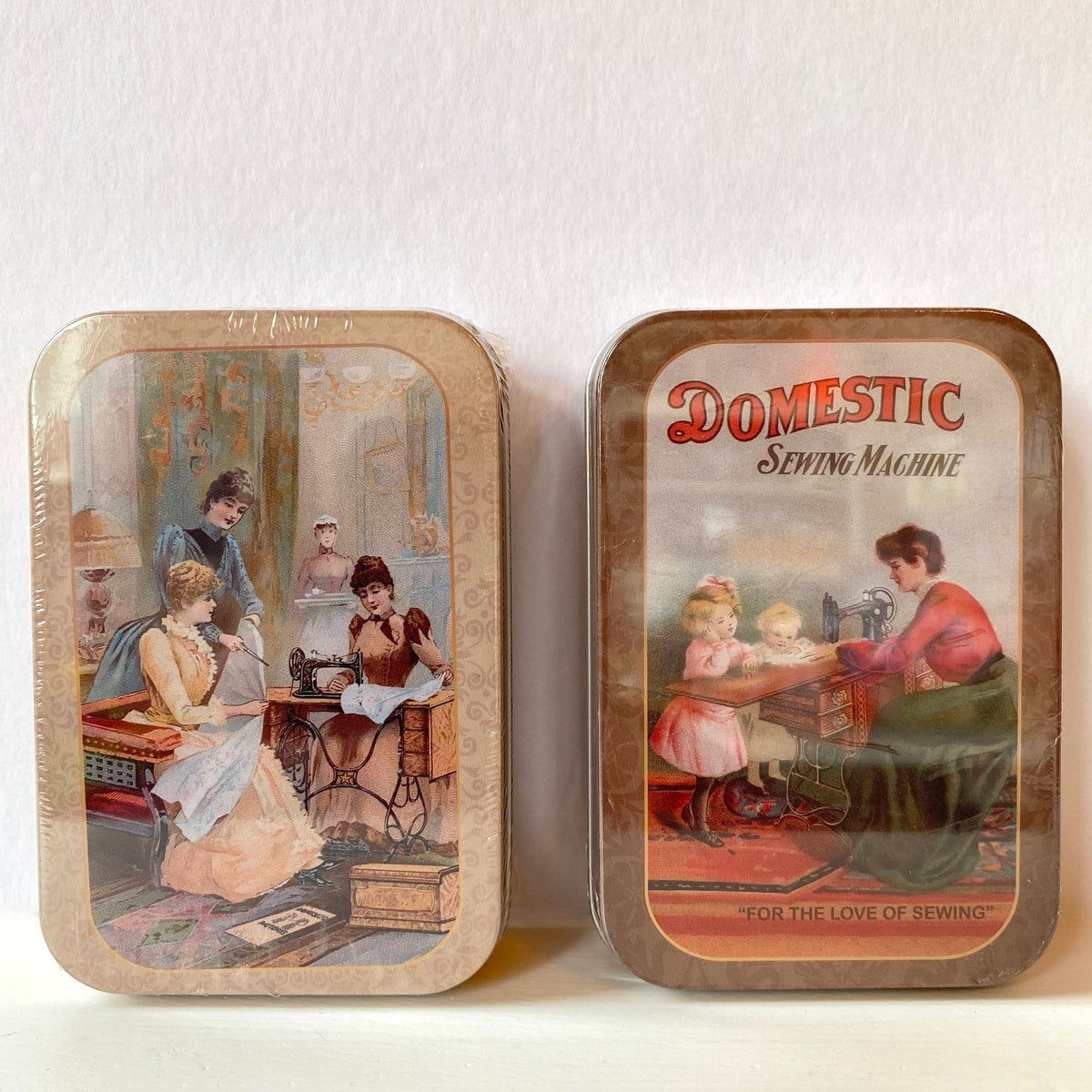 Image of Vintage style tin sewing kit