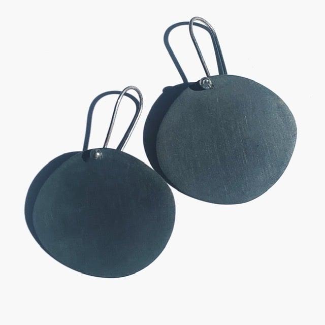 Image of Dark Sun Earrings