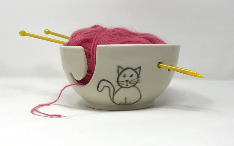 Image of Cat decorated Yarn bowl, Medium