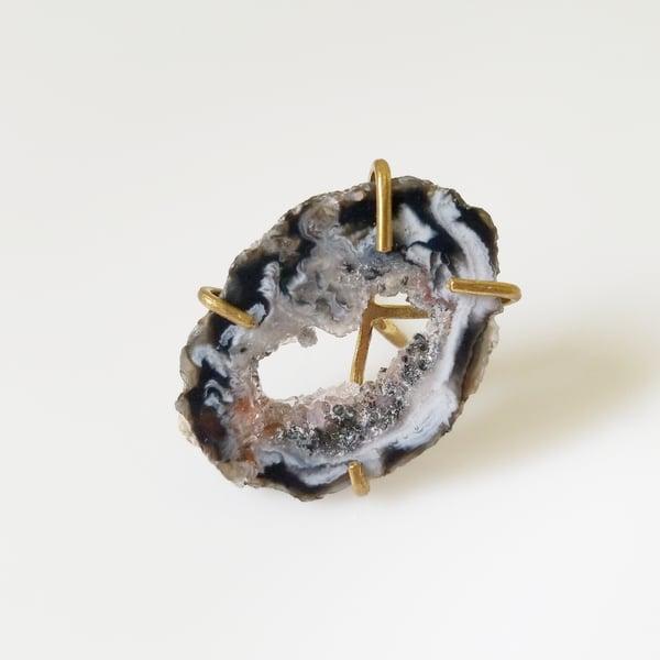 Image of Sliced Agate + Brass Rings
