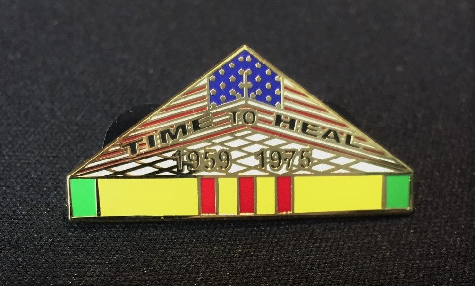 Image of Vietnam Veteran Wall Pin