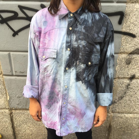 Image of tie dye shirt black/pink