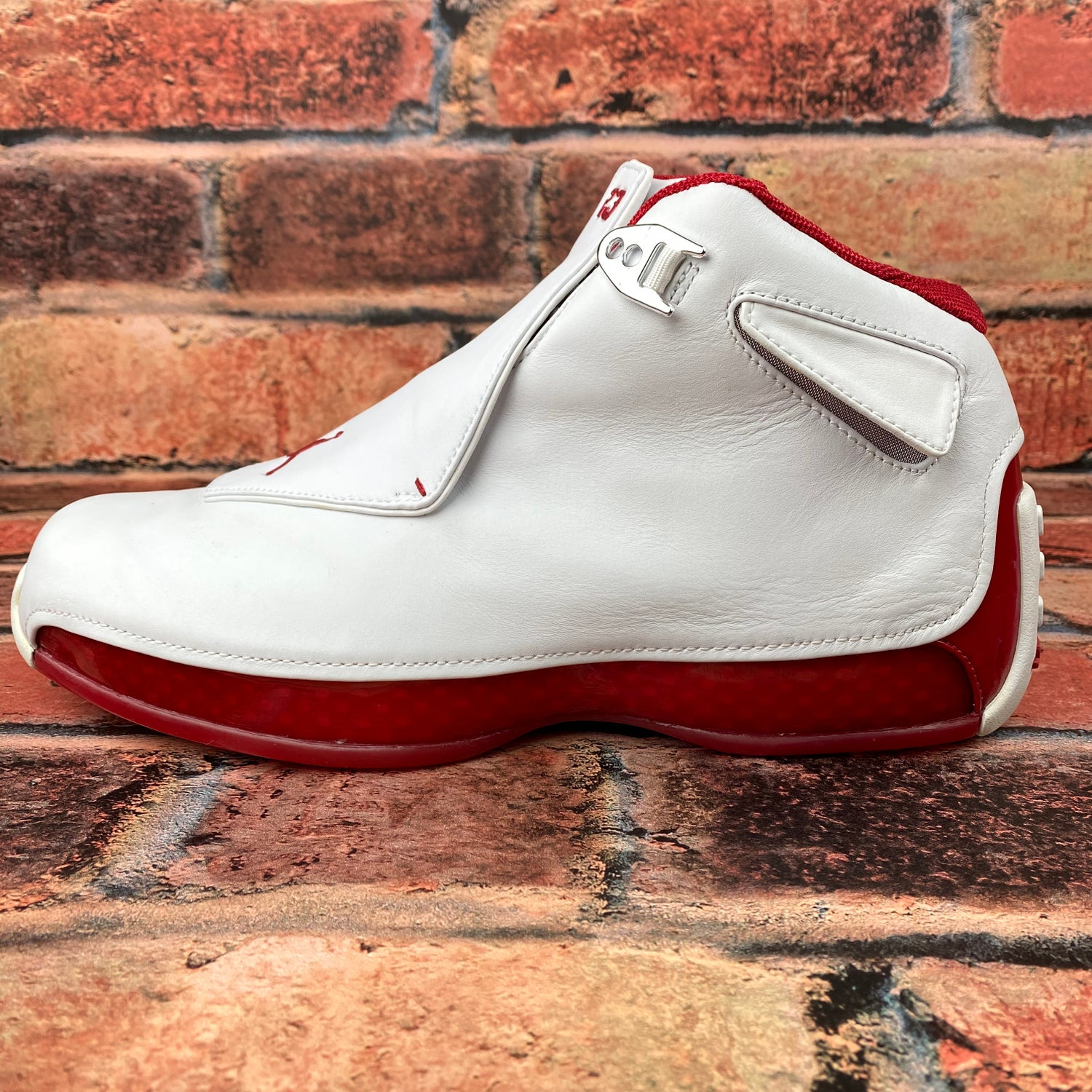 "Image of OG Air Jordan 18 ""White  Varsity Red"""