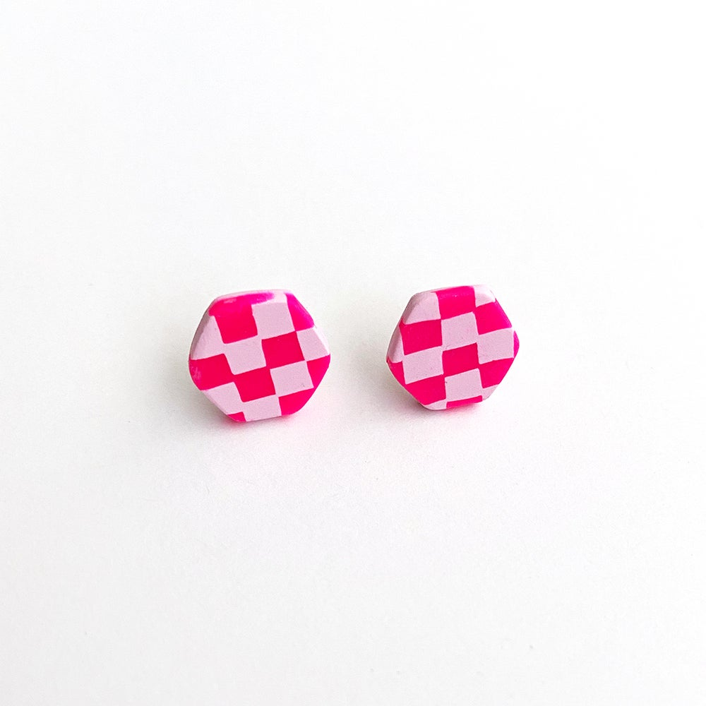 Image of Hot Pink Checkered Studs