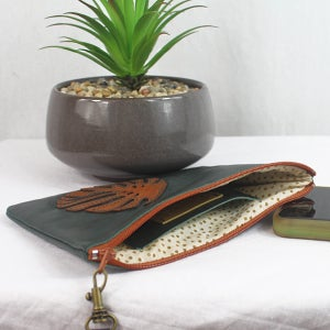 Image of Leather Phone Purse - Monstera Green & Tan