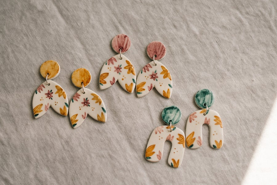 Image of CLAY EARRINGS: Modelo Wildflower