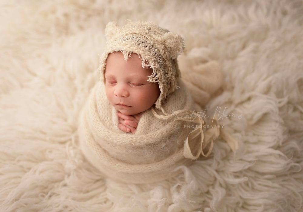 Image of Willa Bonnet / pillow