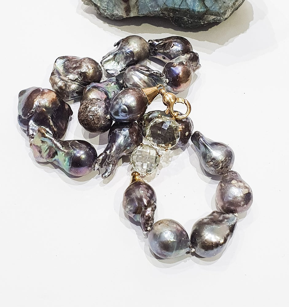 Image of Baroque Pearl and Green Amethyst Clasp Necklace