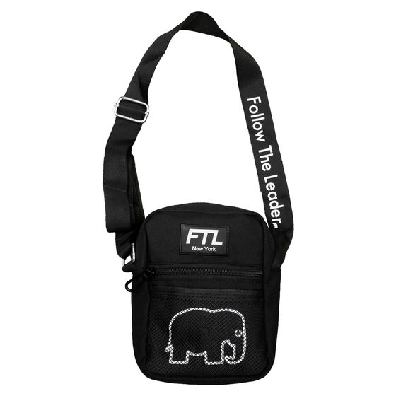Image of Shoulder Bag (Black)