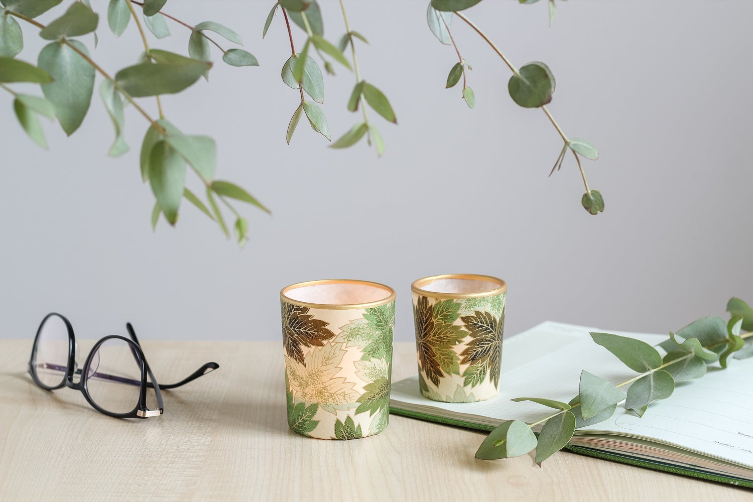 Image of Candle holders * Green leaves