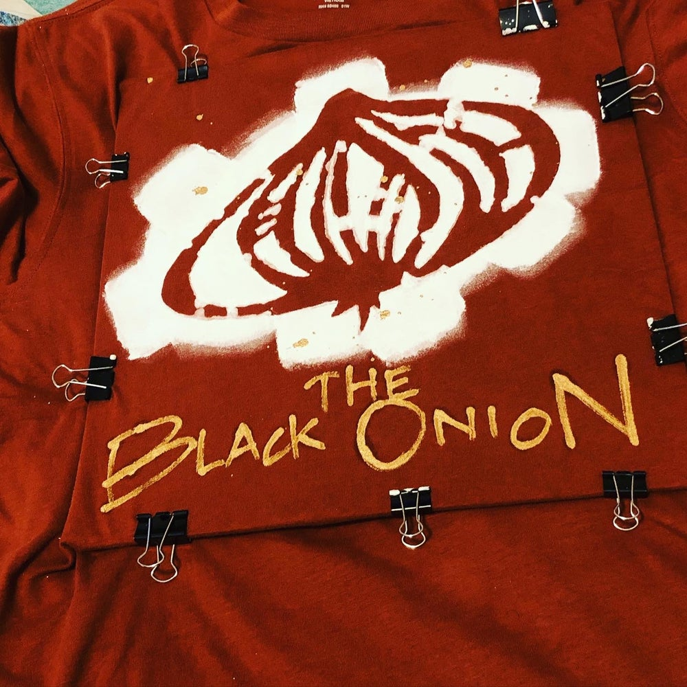 Image of THE BLACK ONION | long sleeved assorted colors