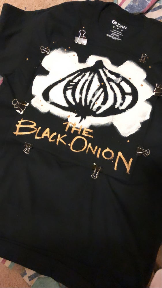 Image of THE BLACK ONION   classic black tee (short sleeves)